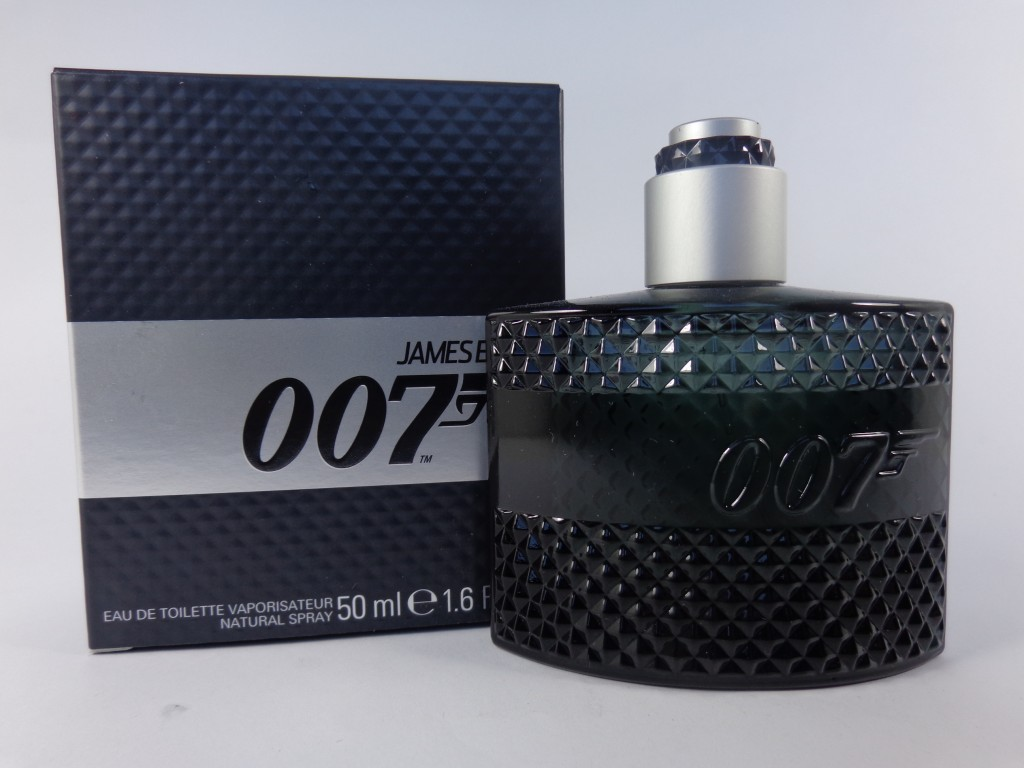 james bond cologne