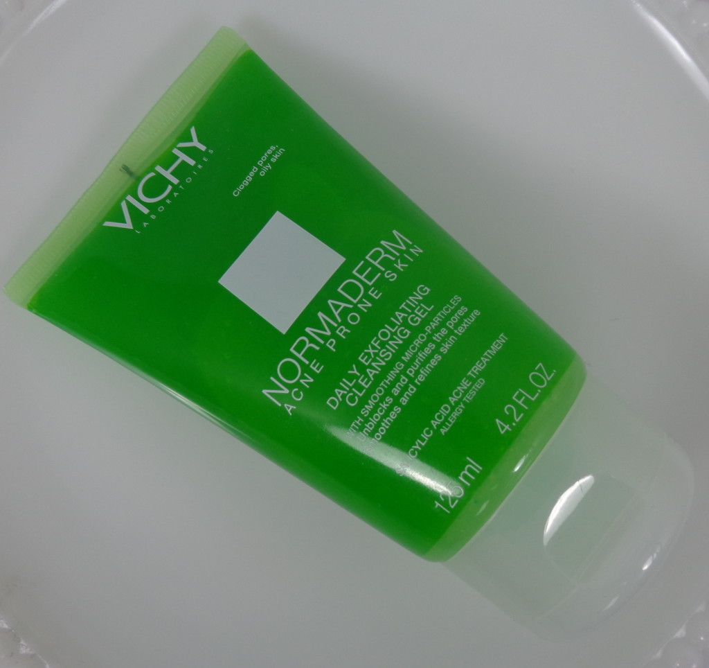 Review: Vichy Normaderm Daily Exfoliating Cleansing Gel