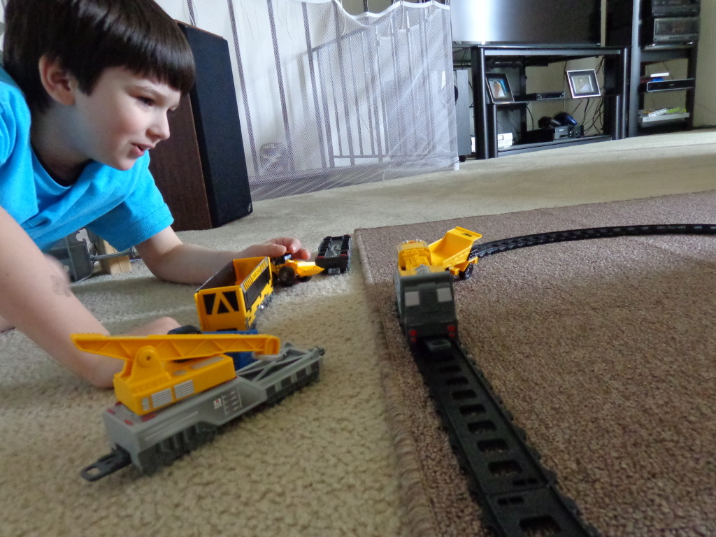Review: Toy State's CAT Iron Diesel Train