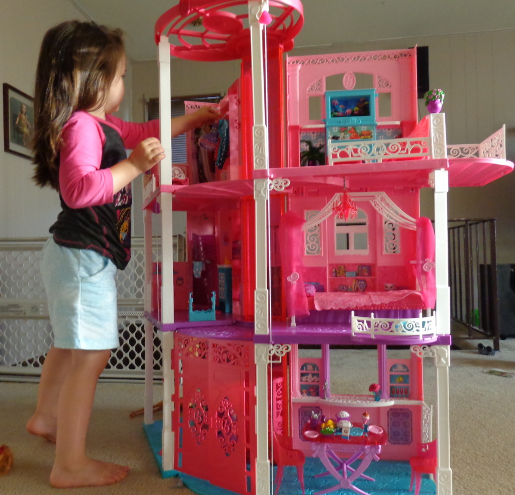 2013 Barbie Dreamhouse review