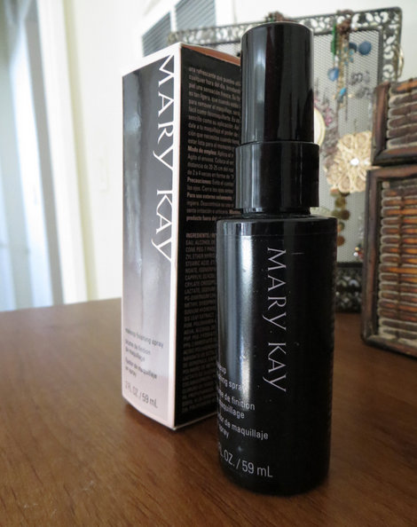 Mary Kay Makeup Finishing Spray Review