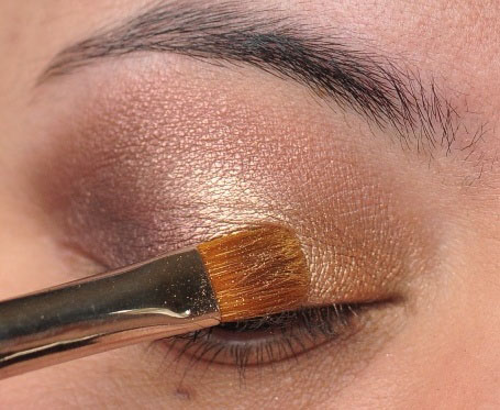Smoky Gold Eyeshadow Tutorial 11