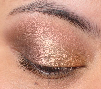 Smoky Gold Eyeshadow Tutorial 12