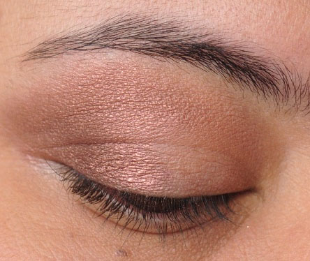 Smoky Gold Eyeshadow Tutorial 6