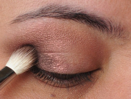 Smoky Gold Eyeshadow Tutorial 7