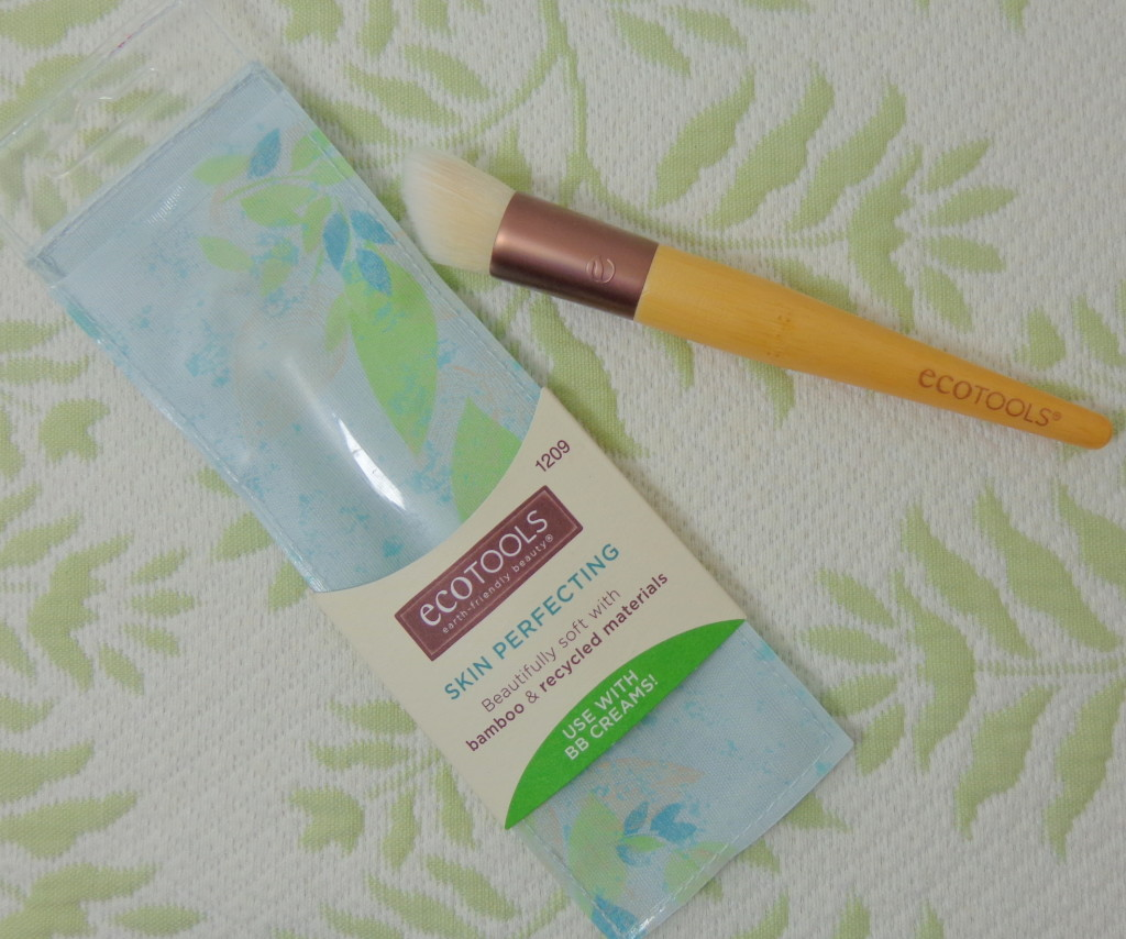 EcoTools Skin Perfecting Brush Review