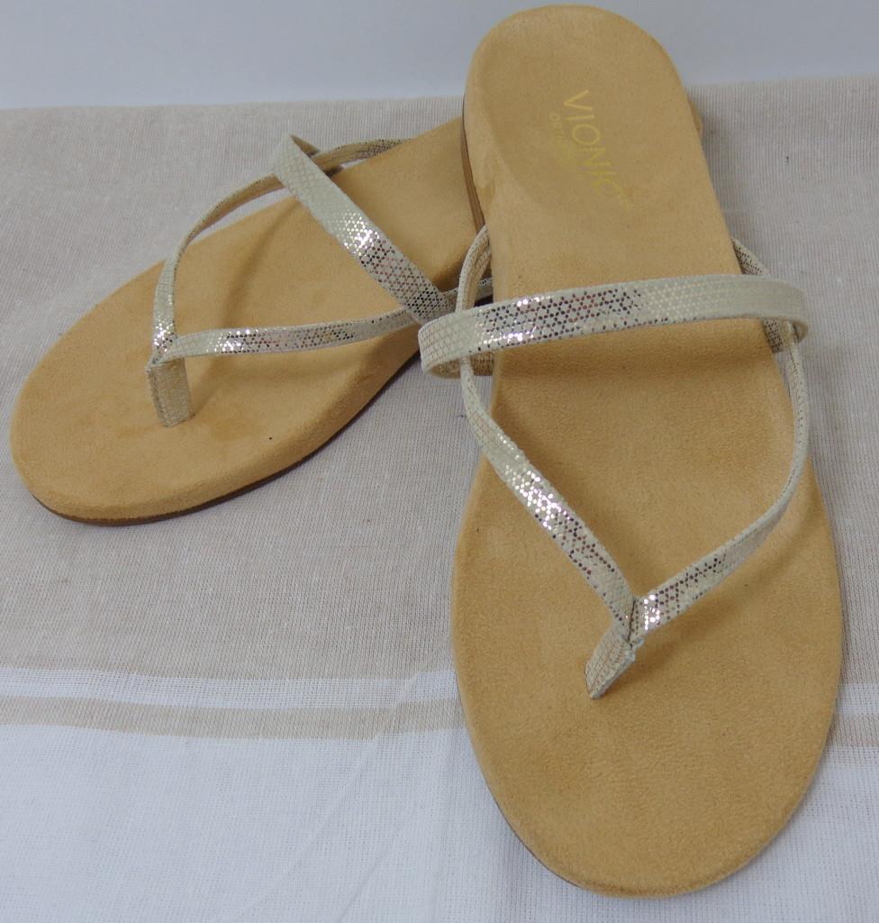 My #SoleStory with Vionic Santiago Toe Post Sandals