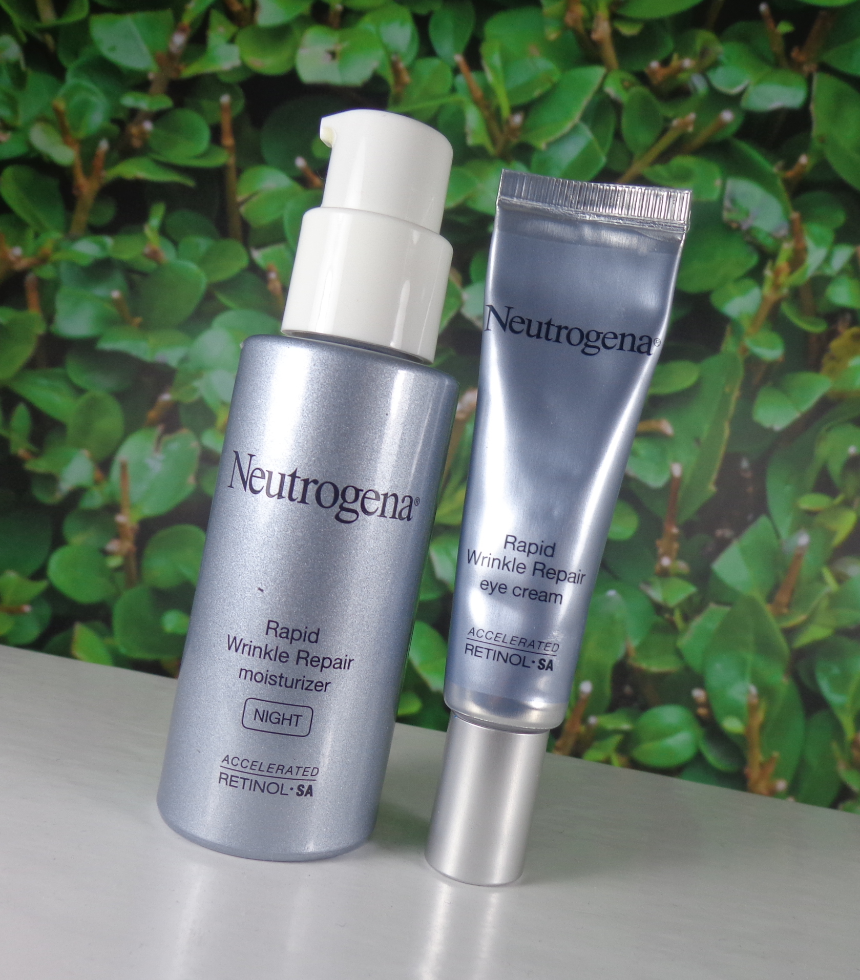 Neutrogena Rapid Repair Moisturizer Eye Cream