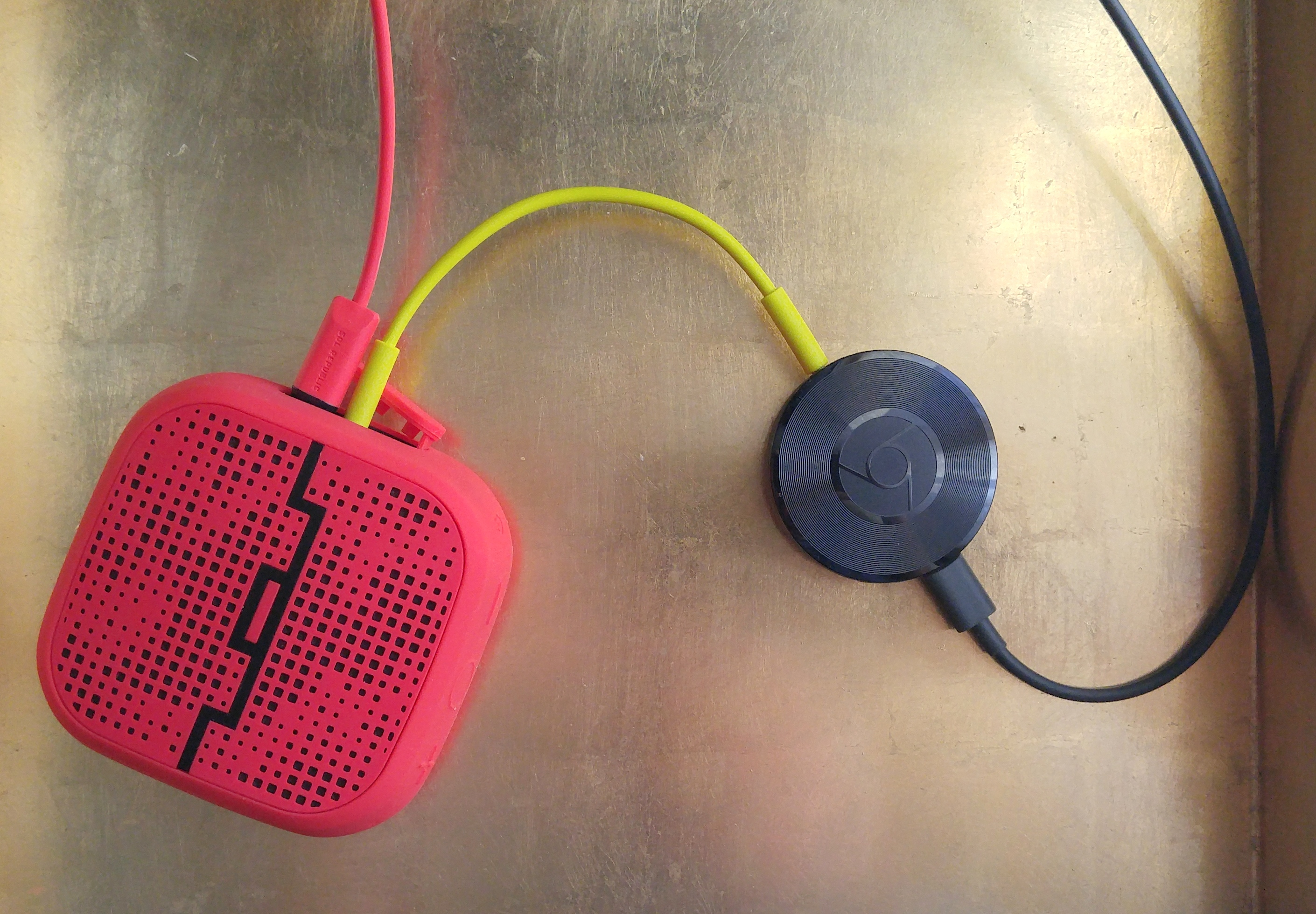 Google Chromecast Audio – Cast Your Favorite Music to Your Speakers