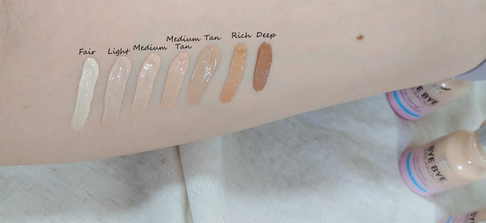 IT Cosmetics Bye Bye Concealer Swatches